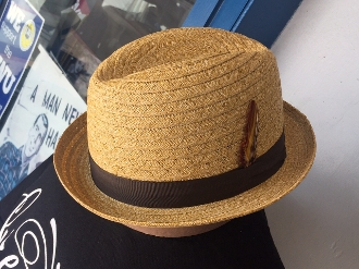Center Crease Stingy Brim Breathable Straw Hat Tan